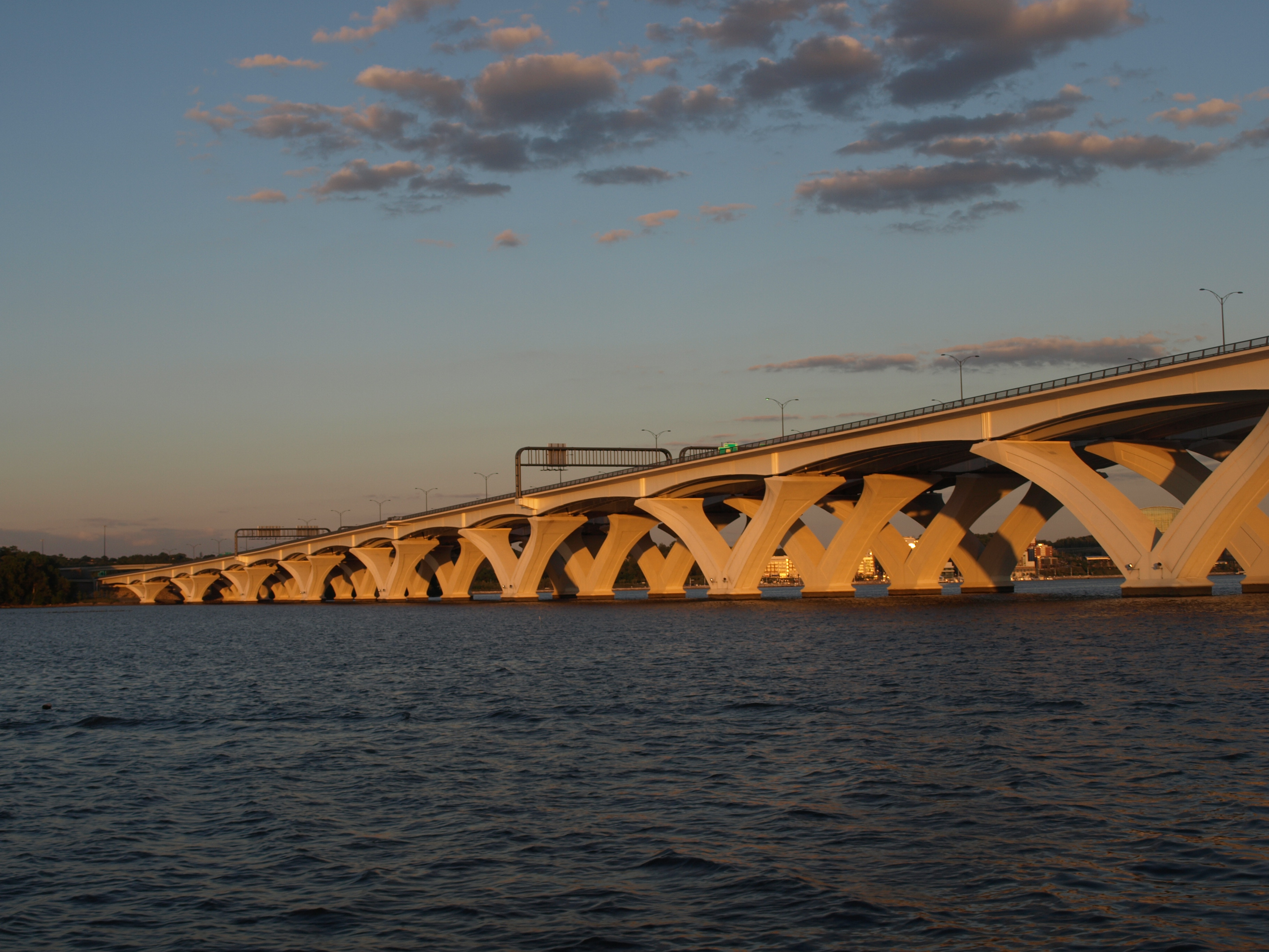 Woodrow Wilson Bridge over the Potomac River, completed by hundreds of engineers in 2006.
